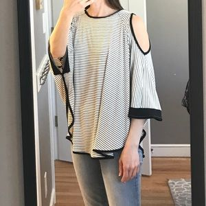 """Cute """"cold shoulder"""" top from Capote"""